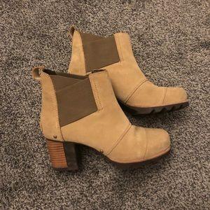 Sorel Addington boots